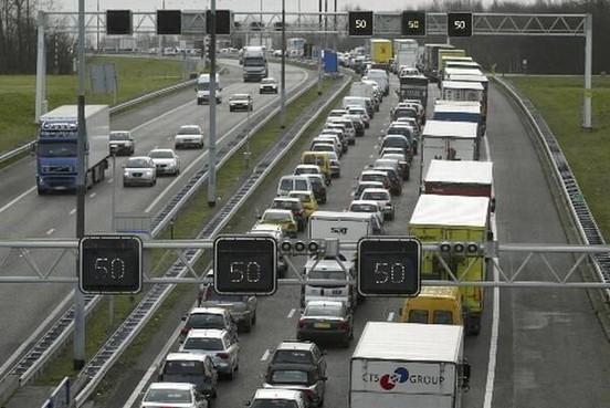 Ongeluk bij Bunschoten, vertraging op A1