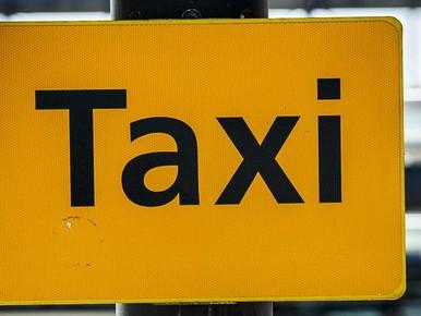 Burgemeester Edam-Volendam: 'Bel noodnummer taxi niet'