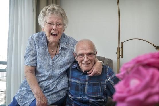 IJmuidens stel Bert en Jannie de Jong is al 65 jaar lang goed voor elkaar