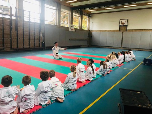Judo in de klas om beter 'nee' te leren zeggen