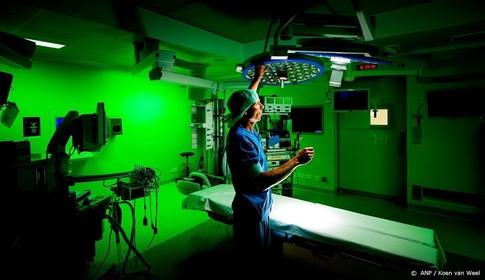 Ziekenhuismedewerkers voeren opnieuw actie