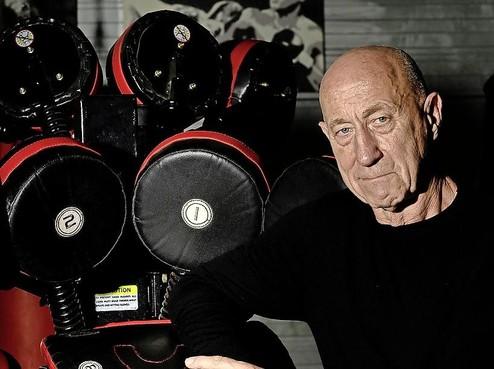 Michel van Halderen: vijftig jaar in het coachvak, en nog altijd gefascineerd door vuistslagen. 'Ik zoek de randjes op. Bewust.'