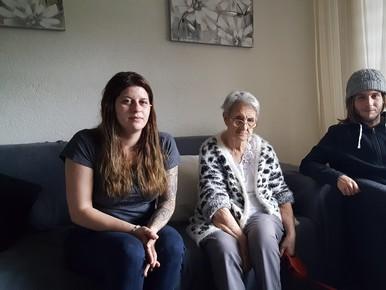 Kinderen moeten ouderlijk huis uit na overlijden moeder