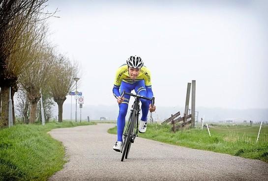 Liam Cappel: Kiwi in Enkhuizer wielerdienst bij West-Frisia