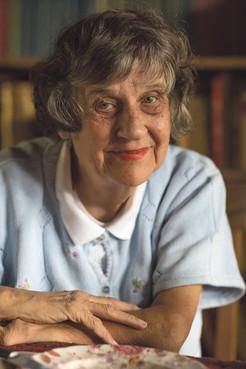 Eva Biesheuvel (80) overleden