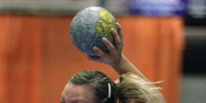 Handbalsters Foreholte winnen op karakter