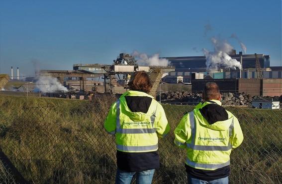 Slechts mondjesmaat controles bij Harsco, terwijl grafietregens Wijk aan Zee blijven plagen