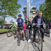 Tom Egbers fietste mee.