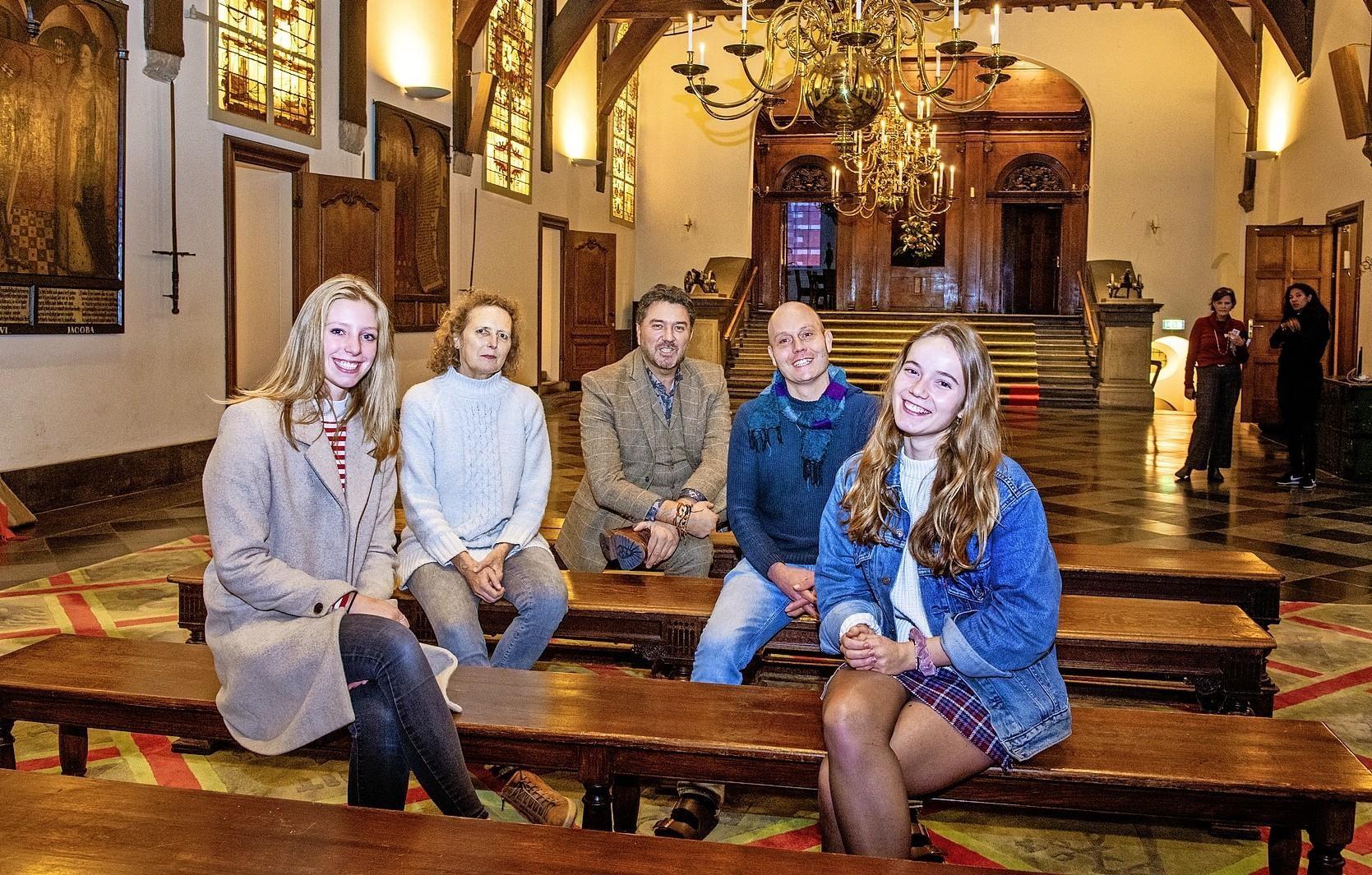Haarlem krijgt Jongerenraad: VWO-leerlingen buigen zich over serieuze problemen van de stad - Haarlems Dagblad