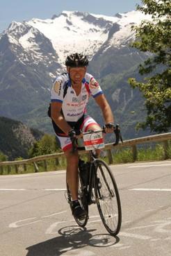 Ilper renner Johan Vet naar Sella Ronda voor goed doel