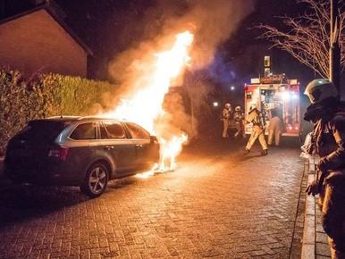 Opnieuw autobrand in Baarn