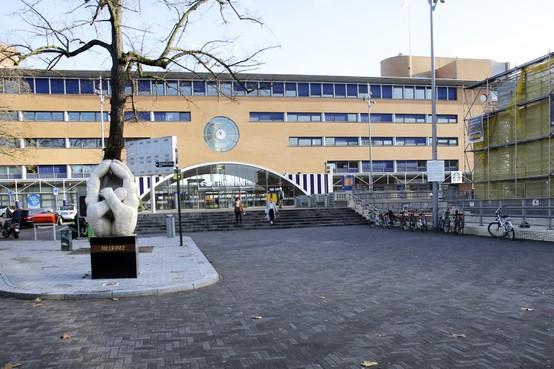 ProRail heeft geen onderzoeksplannen: 'verdiept spoor in Hilversum is een illusie'