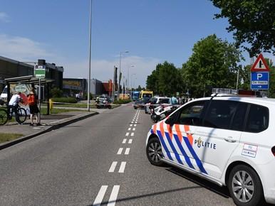 Motorrijder zwaargewond bij ongeval met auto in Alphen aan den Rijn