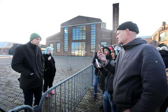 Pietprotest in Den Helder mocht...Op parkeerplaats bij de duinen