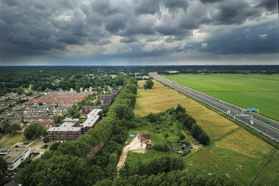 Nieuwbouwwijk Baarnsche Zoom langs de A1 roept verzet op in gemeenteraad en bij bedrijven