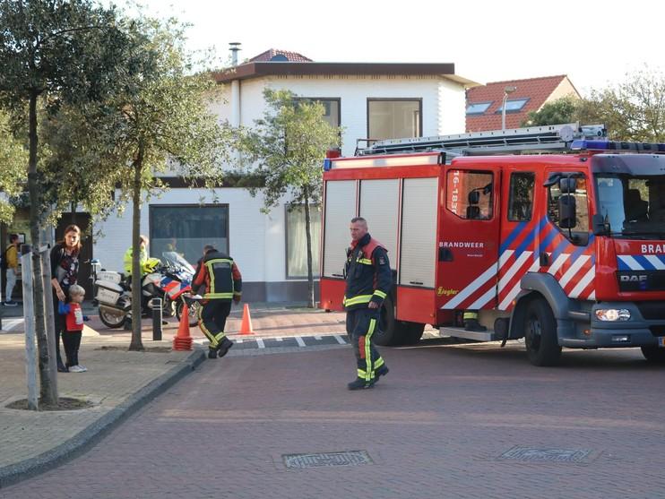 Straat afgezet na vondst jerrycans in Noordwijk