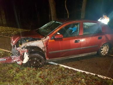 Man crasht met auto na slopen inboedel in woning