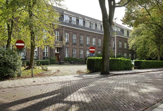 Groen hart rond Missiehuis in Driehuis, geen grote woonblokken