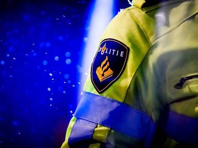 Man zwaargewond door schietincident Amsterdam