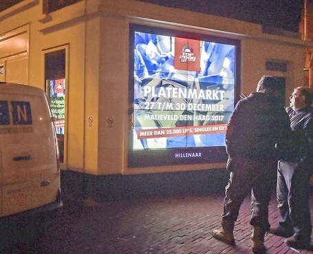 Leiden gaat schreeuwerige reclame harder bestrijden