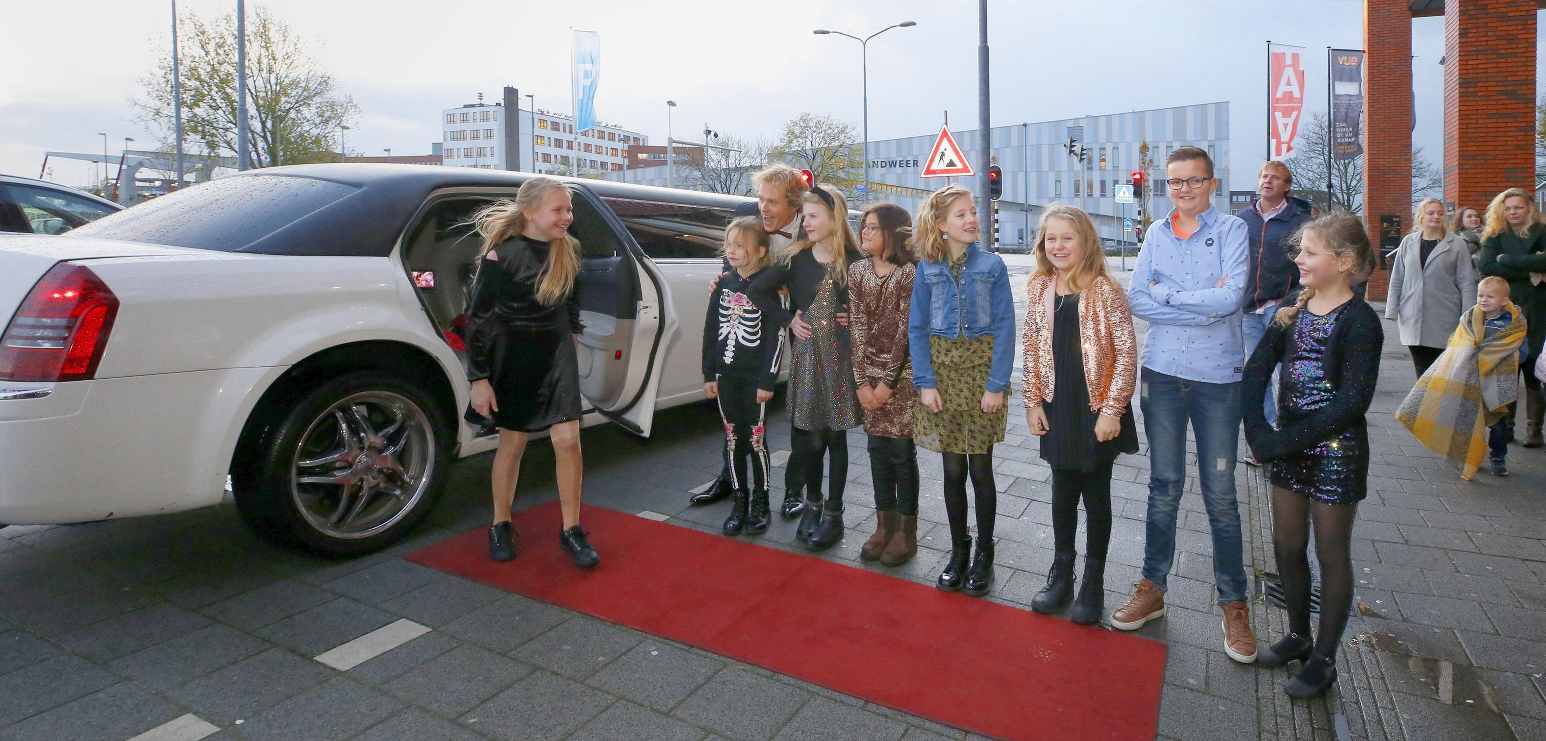 Kindervriend II van St. Barbaraschool uit Tuitjenhorn is de eerste van zeven WDO-premières in Vue Alkmaar - Noordhollands Dagblad