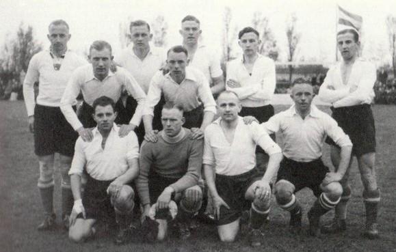 Haarlems voetbalteam gaat 75 jaar na dato herdenkingswedstrijd spelen in Sneek