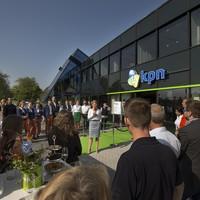 Toespraakjes bij de opening van de KPN-winkel, in september 2014.
