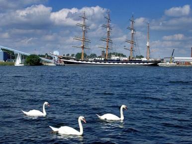 Bellenschermen tegen verzilting Noordzeekanaal