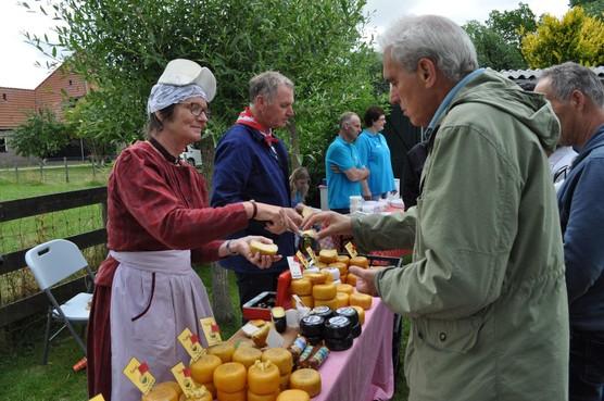Markt bij Huis van Oud Wognum 'gezellig en leerzaam'