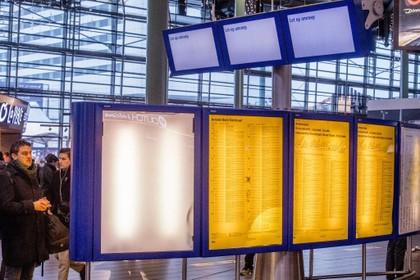 Storing verholpen, treinen rijden weer tussen Amsterdam en Utrecht en Schiphol en Utrecht