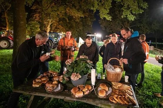 Eemlandse boeren met volle maag de weg op dankzij gemeente Eemnes