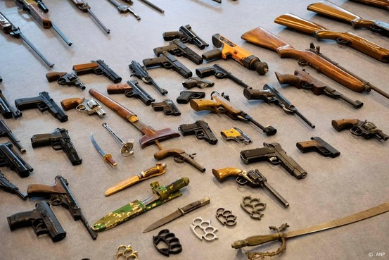 Kamer: laat alle wapens ongestraft inleveren
