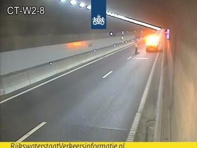 Coentunnel vanaf A8 weer open