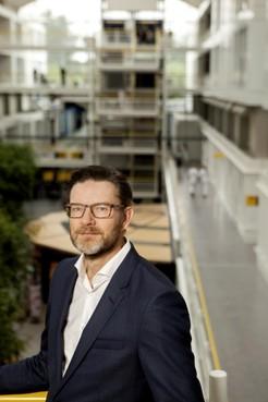 Topman Keuzenkamp vertrekt ondanks fors minder verlies Dijklander Ziekenhuis
