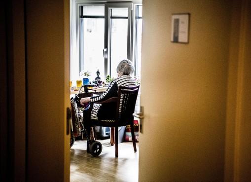 Extra geld voor bestrijden eenzaamheid in Haarlemmermeer, vier op de tien hebben er last van