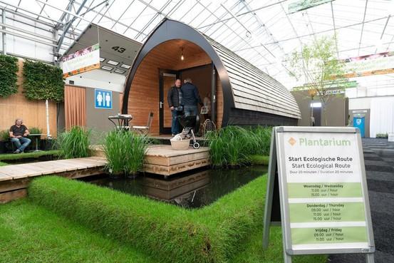 'Bouw 50 tiny houses op Baarnsche Zoom'; Architect en raadslid willen meer actieve rol gemeente
