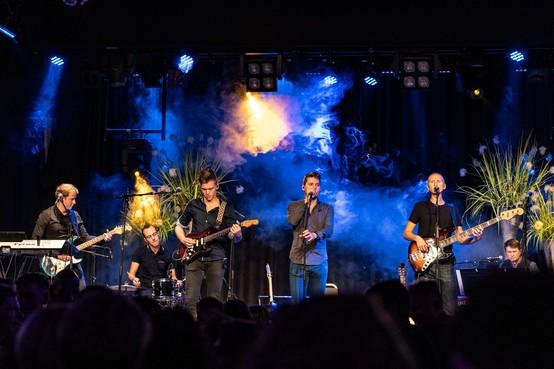 Hircus Circus stopt na acht jaar met rocken; Volendamse band geeft eindelijk geheim achter naam prijs
