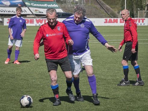 Eerste aangepaste sportdag voor ouderen (55 ) in Laren
