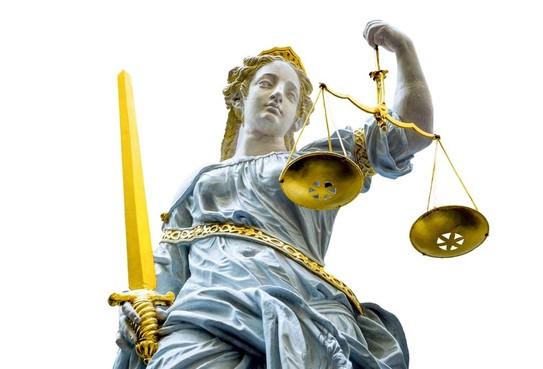 Taakstraf voor openlijk geweld na klemrijden busje in Halfweg
