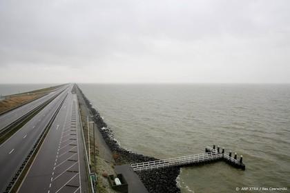 Afsluitdijk meerdere nachten afgesloten