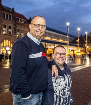 Passie Rob van der Mee gaat boven zijn verdiensten van voetbalreisbureau JRM