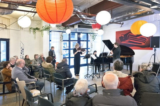 Genieten van klassieke muziek in winkelcentrum Haarlem-Schalkwijk