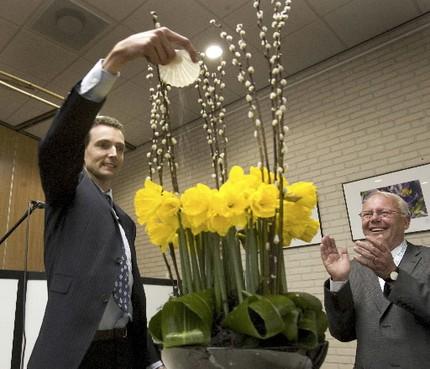 Obdam naar Volendam voor doop narcis