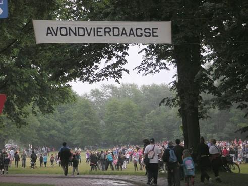 Groot ongeloof over snoepverbod Avondvierdaagse IJmuiden