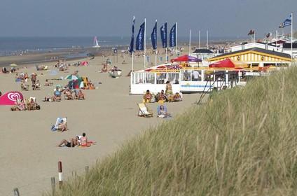 Ruzie tussen Katwijkse strandpaviljoenhouders: 'Nieuwe indeling van strandvakken'
