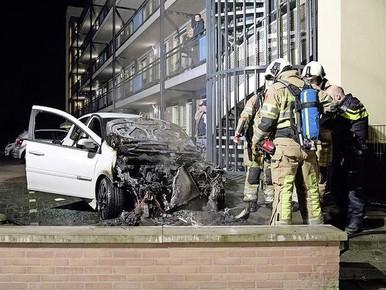 Afgelopen weekeinde: een auto in brand aan de Schaepmanlaan.