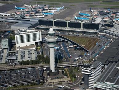 Schiphol focust op hinderbeperking, vliegtaks mogelijk pas in 2021