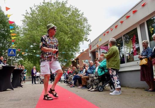Muziek en verhalen in gastvrije Hoornse woonwijken [video]