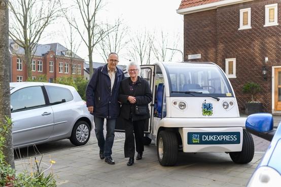 Stichting wil Dijk Express laten rijden voor minder mobiele Spaarndammers, stemmen brengt tienduizend euro uit ANWB Fonds dichterbij