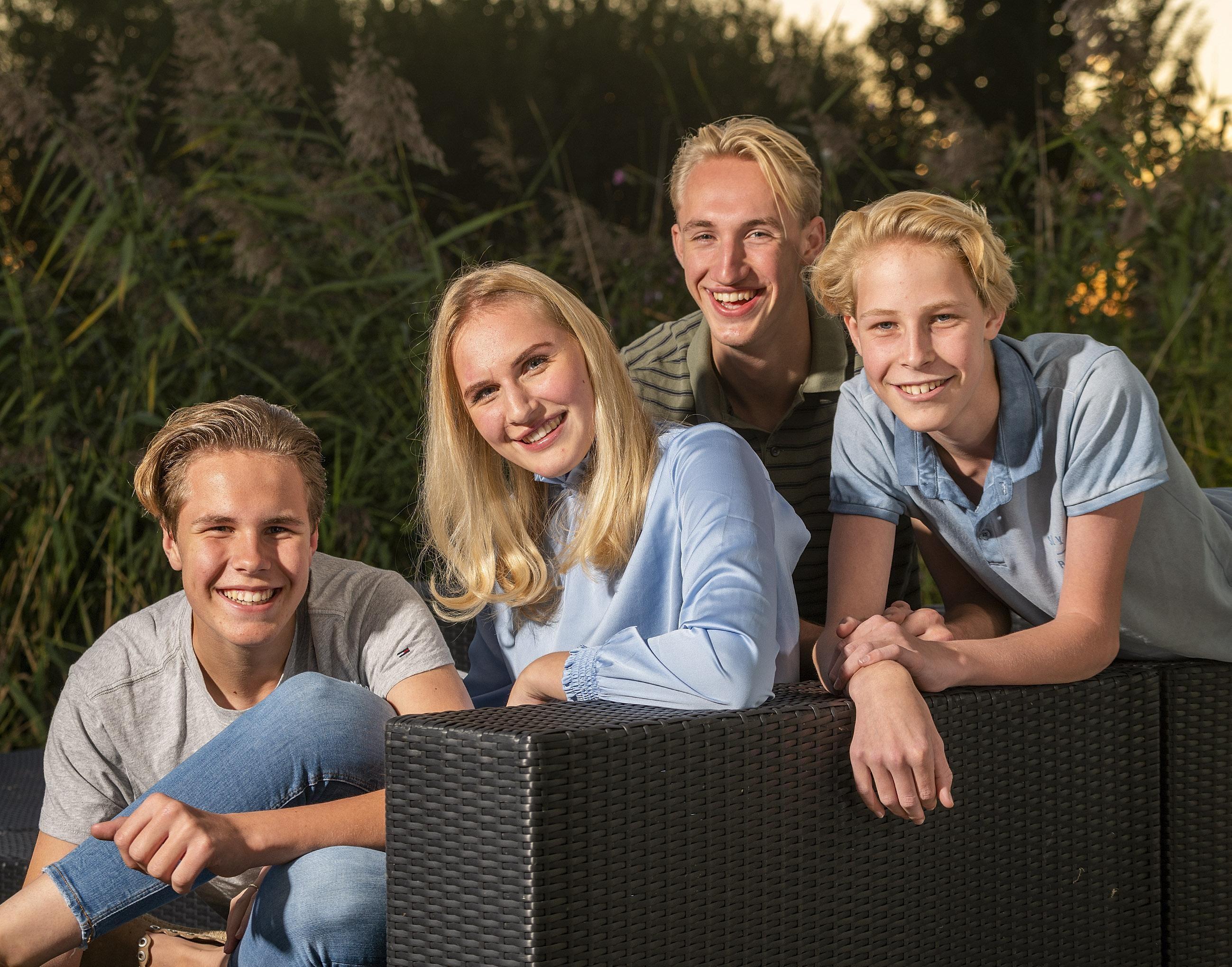 Liselotte (17) herstelt van scooterongeval bij Warmenhuizen: 'Dit is de grootste nachtmerrie die je als famili - Noordhollands Dagblad